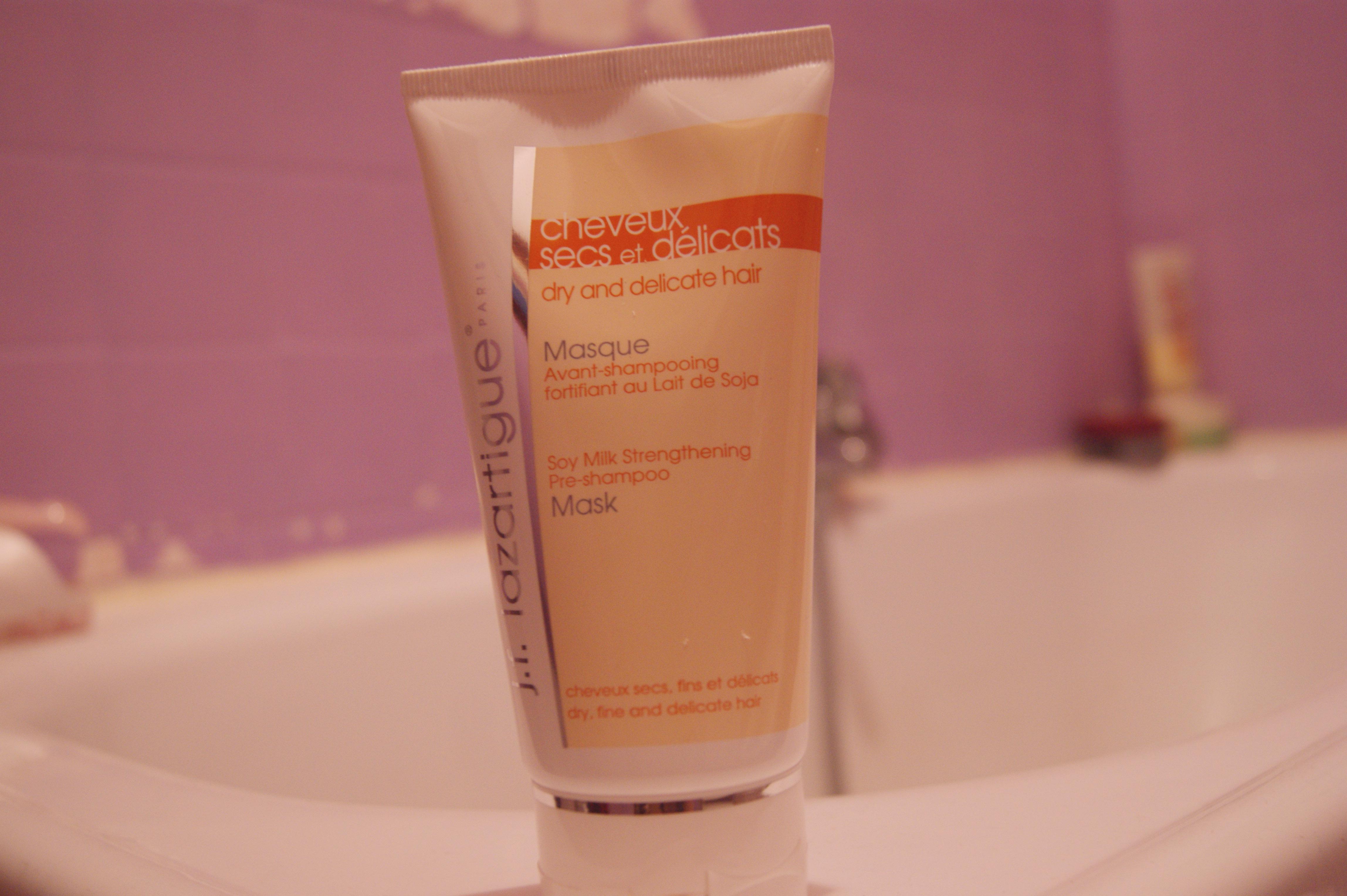 Produit : Masque Fortifiant avant shampoing au lait de soja. #B13C1A